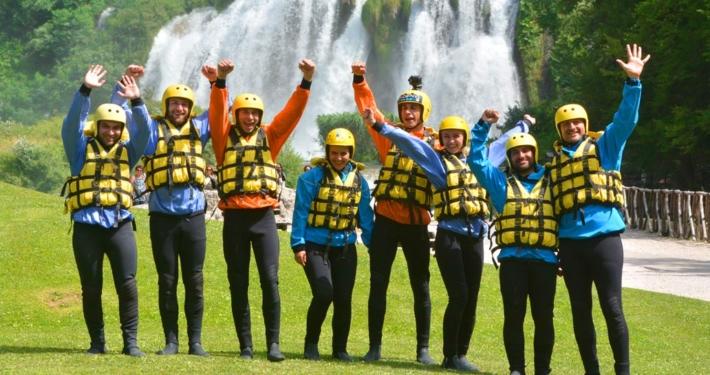 Come Vestirsi per fare Rafting
