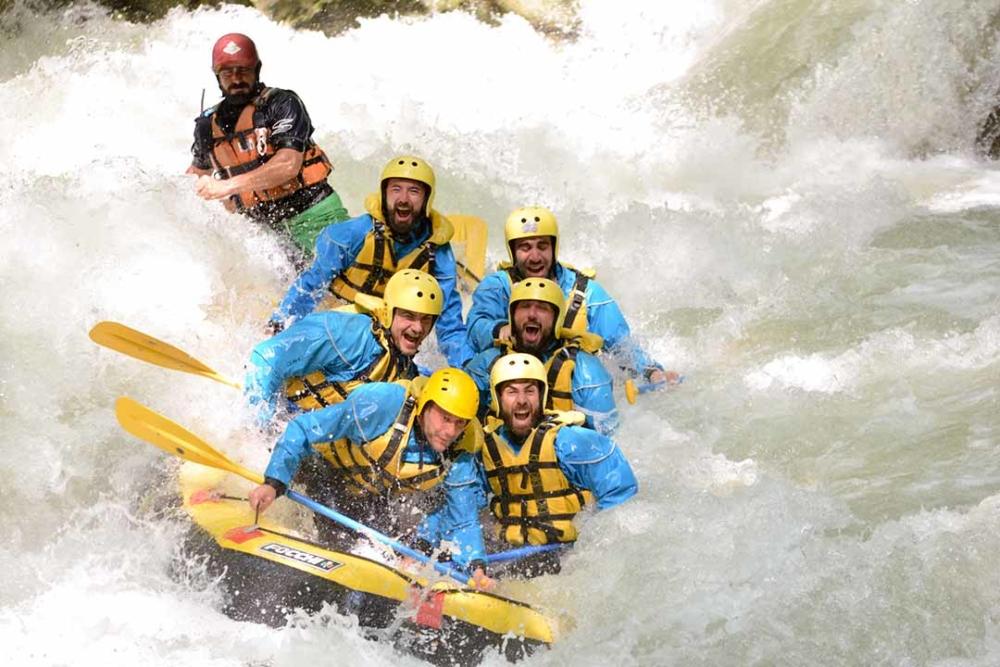 idee addio celibato rafting