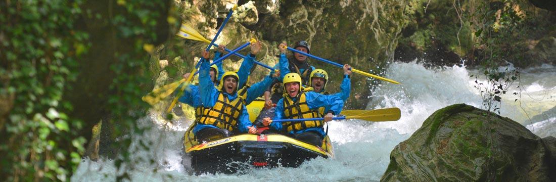 Rafting con pioggia
