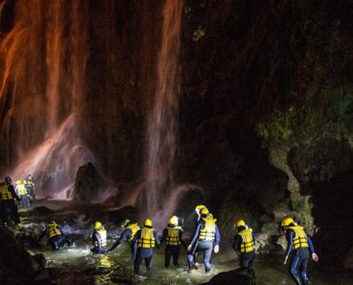 River walking notturno scoprire la cascata delle marmore di notte